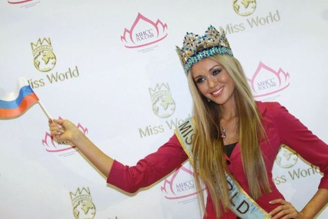 Fresh pictures from Miss World 2008 - 01