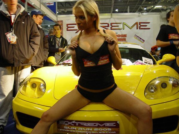 Pretty girls and exhibitions - 15