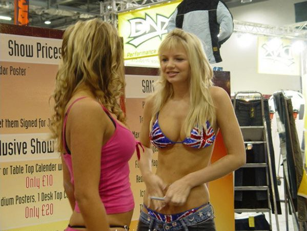 Pretty girls and exhibitions - 21