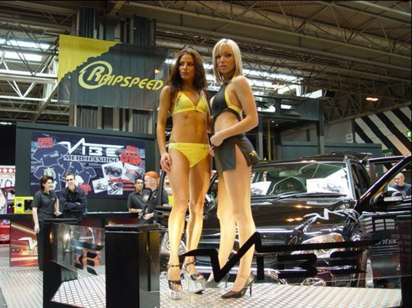 Pretty girls and exhibitions - 27