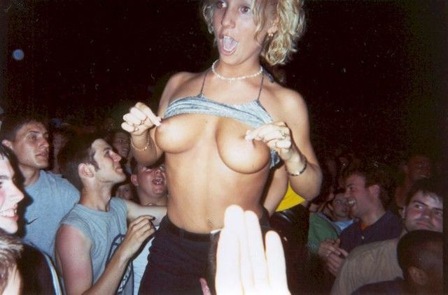 Topless girls on the concerts and festivals - 29