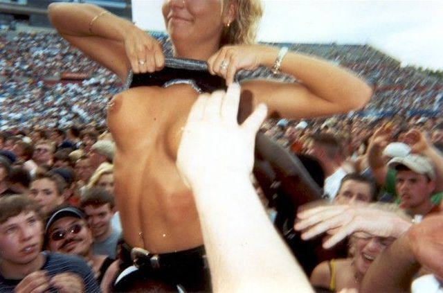 Topless girls on the concerts and festivals - 32