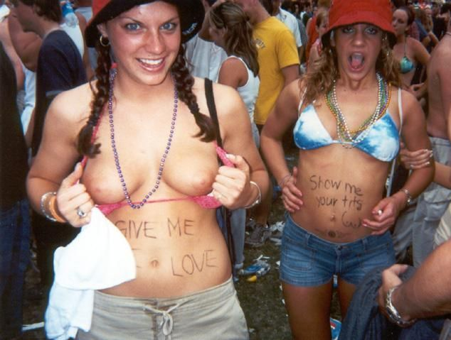 Topless girls on the concerts and festivals - 79