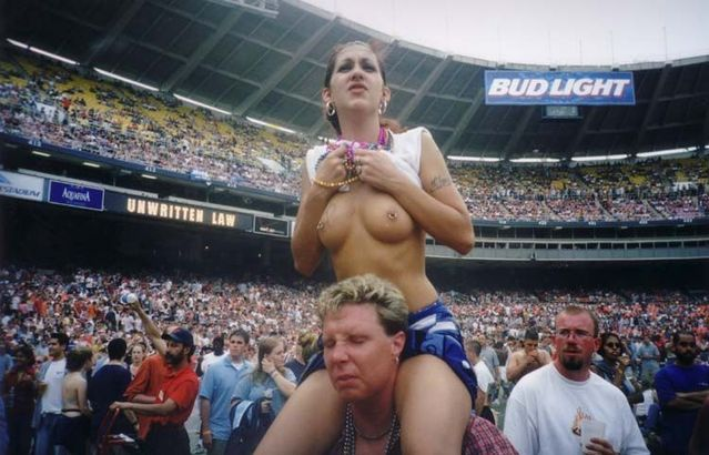 Topless girls on the concerts and festivals - 86