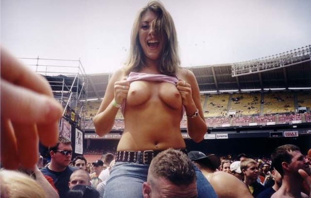 Topless girls on the concerts and festivals - 92