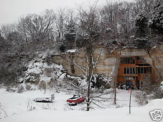 Wow ! A cave house (13 pics)