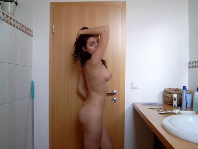 Large collection of girls private photos - 40