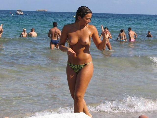 Naked girls on the beach - 37