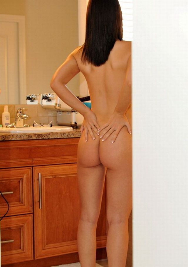 Very hot babe looking at mirror - 09
