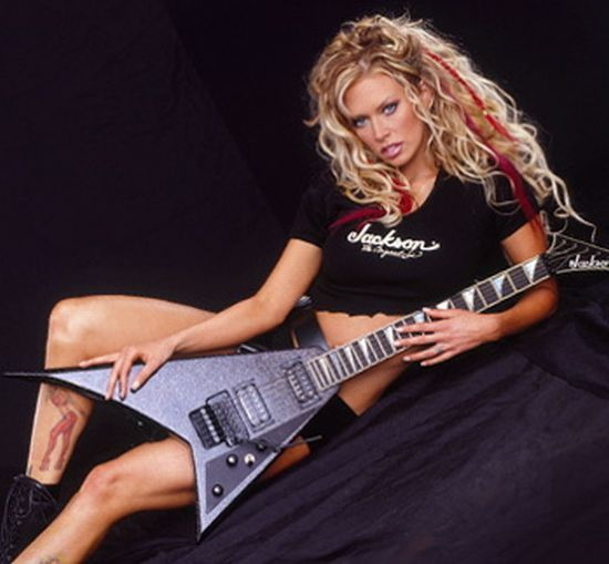 Sexy girls with guitars - 09