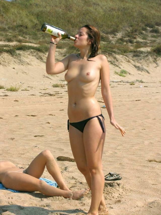 Selection of beach beauties - 01