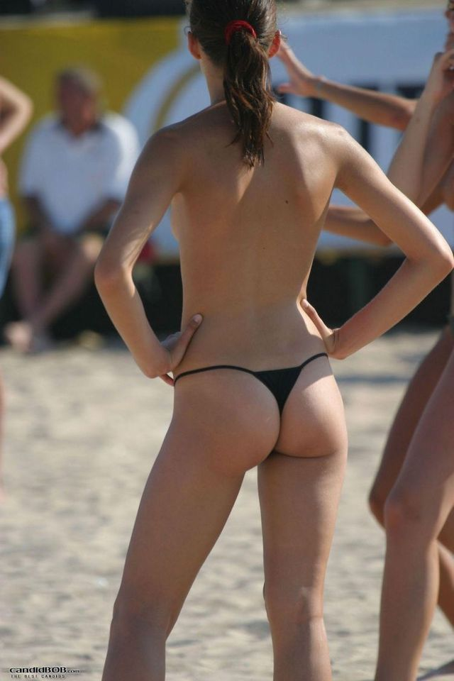 Selection of beach beauties - 03