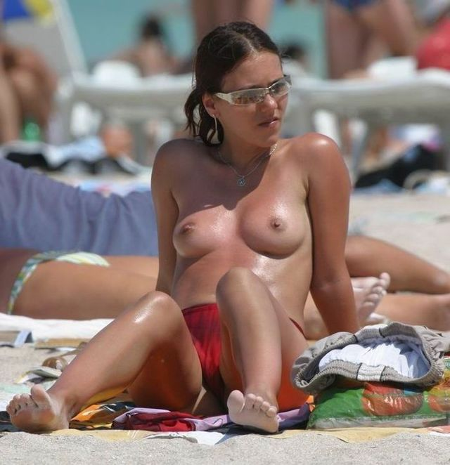 Topless beauties on the beach - 16