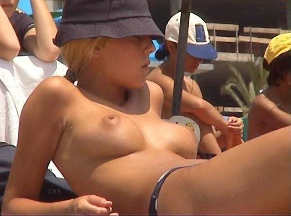 Topless beauties on the beach - 17