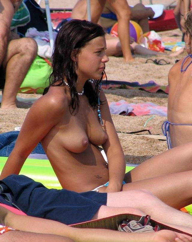 Topless beauties on the beach - 27