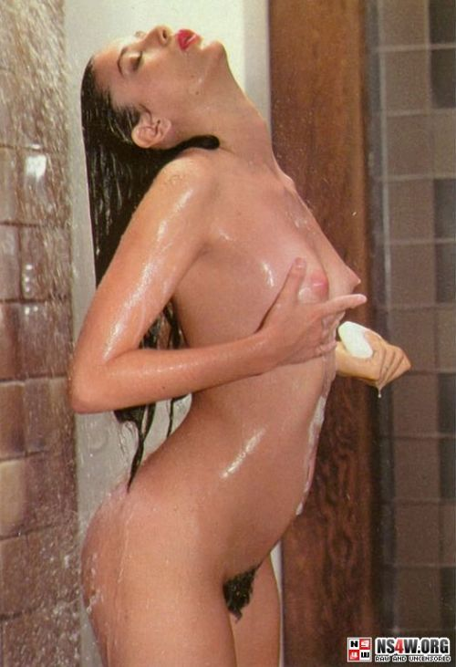 Demi Moore nude photo shoot at 18yrs old - 09
