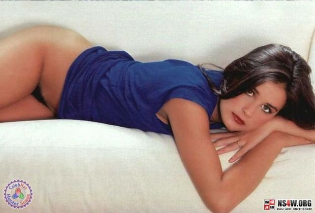 Demi Moore nude photo shoot at 18yrs old - 19