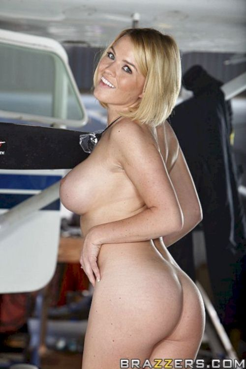 Kagney and Krissy in naked skydiving - 02