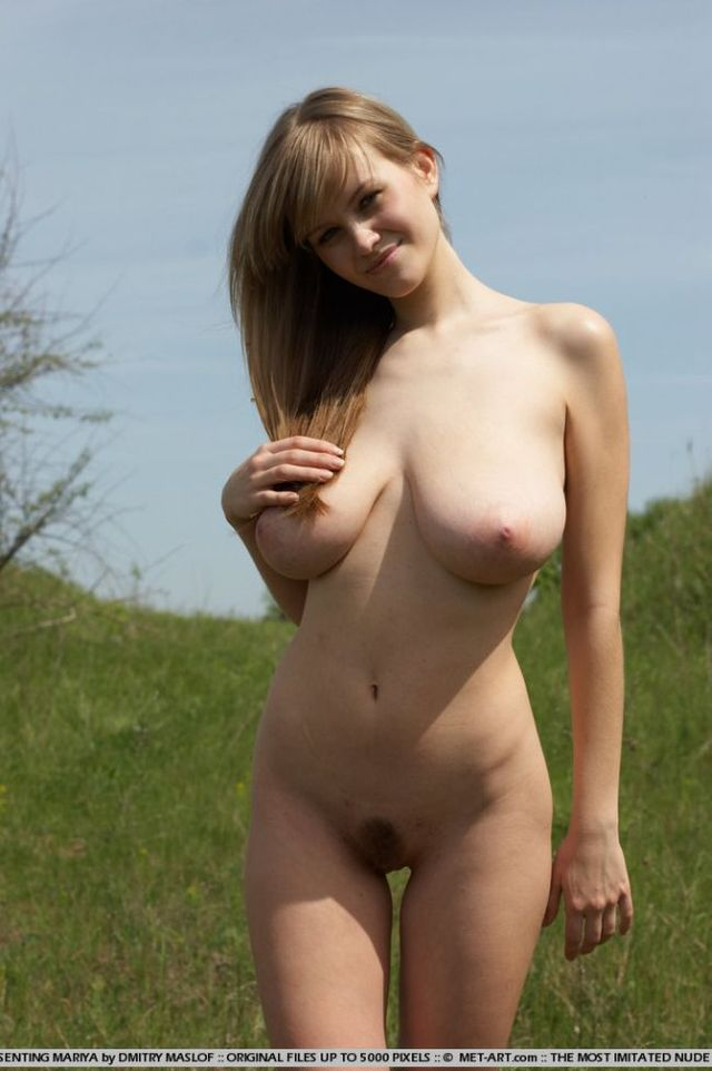 Girl with natural forms - 10