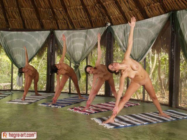 Nude yoga class - 09