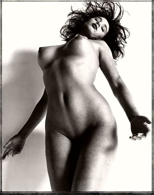 Works of great photographer Helmut Newton - 16
