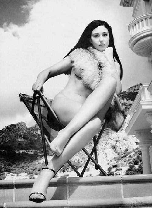 Works of great photographer Helmut Newton - 37