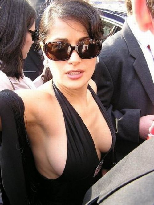 Celebrity side boobs - 01