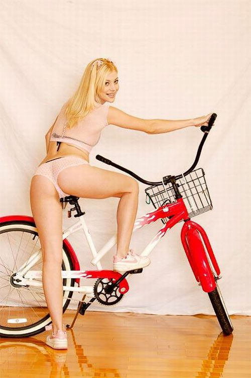 Girls and bicycles - 18