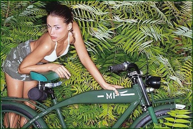 Girls and bicycles - 39