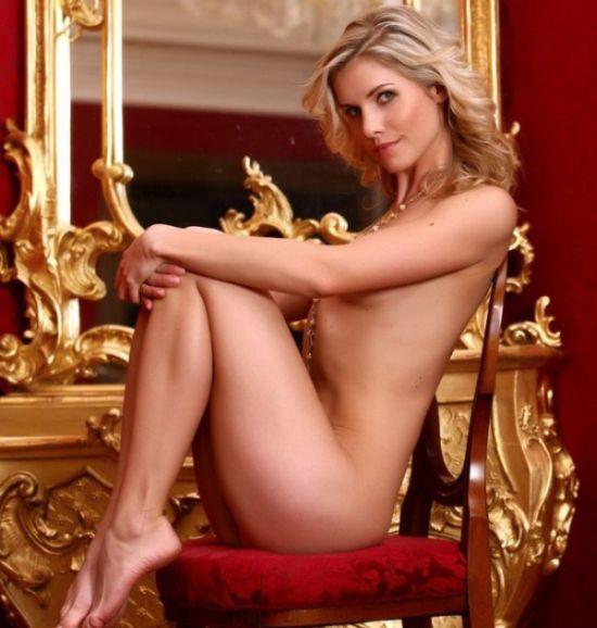 Charming Iveta - 00