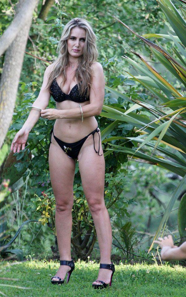 Erotic photo shoot of Patrizia Daddario. They say that she's Berlusconi's lover - 16