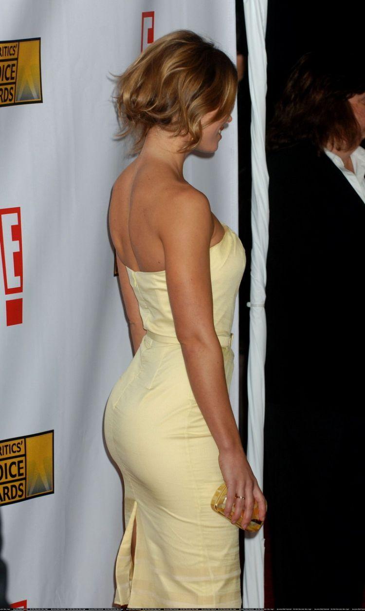 Beautiful Jessica Biel - 30