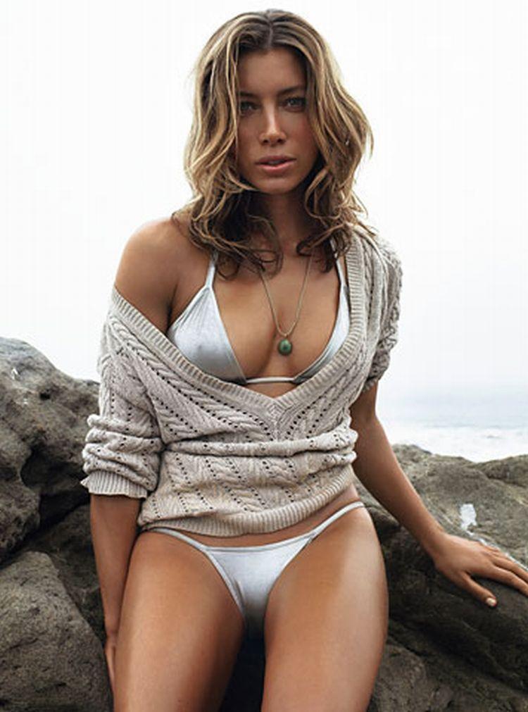 Beautiful Jessica Biel - 36