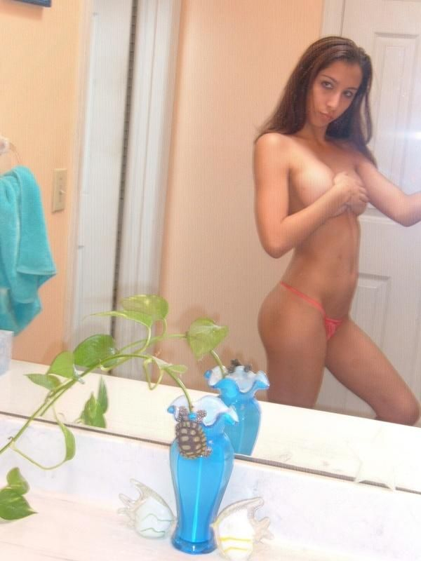 Girls take pictures of themselves. Excellent compilation! - 08