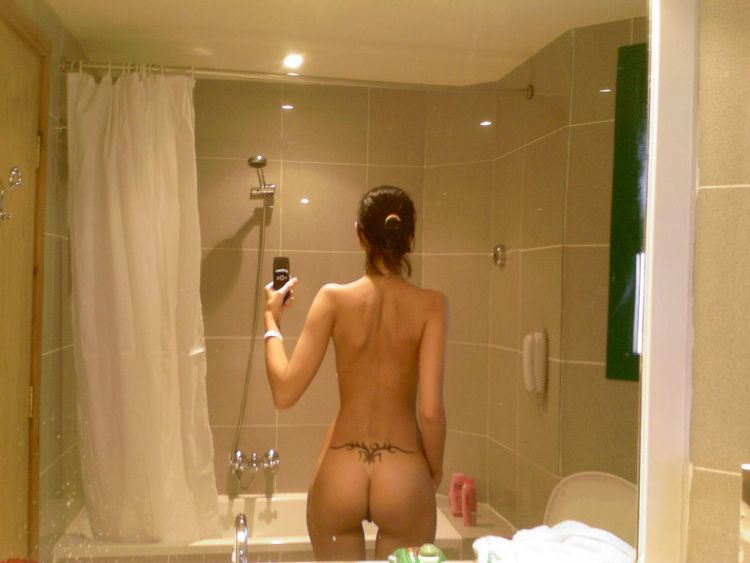 Girls take pictures of themselves. Excellent compilation! - 36