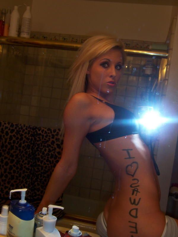 Girls take pictures of themselves. Excellent compilation! - 40