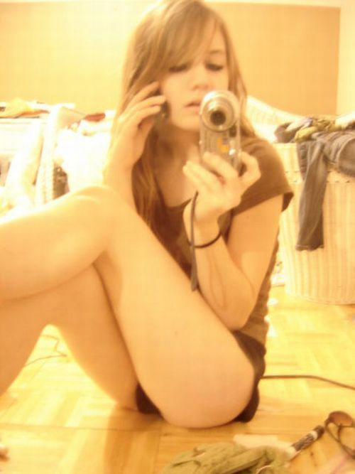 Girls take pictures of themselves. Excellent compilation! - 54
