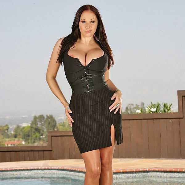 Two cool photo shoots of Gianna Michaels. Her breasts are gorgeous - 00