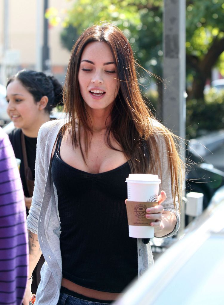 Charming Megan Fox. She is always so different (21 photos)