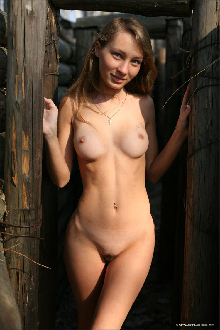 Masha poses in the museum in the open air. Very nice girl - 05