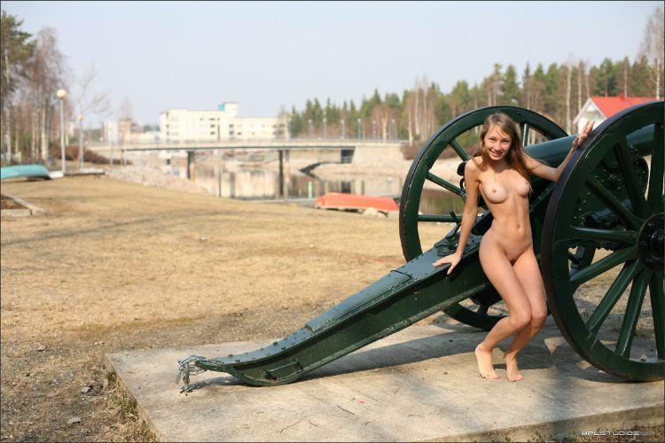 Masha poses in the museum in the open air. Very nice girl - 28