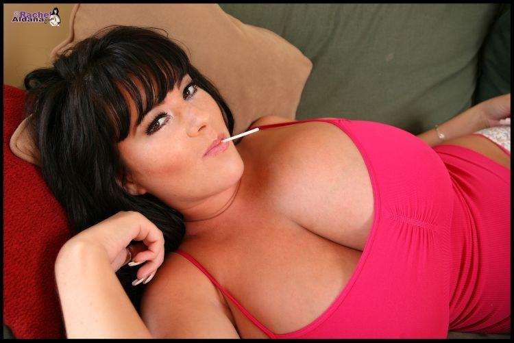 Huge and great boobs of Rachel Aldana - 00