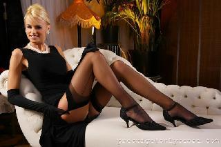 Glamorous babe Rhian Sugden