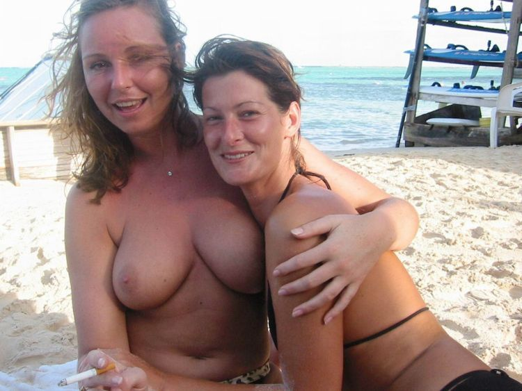 Girls like to be photographed topless on the beach - 25