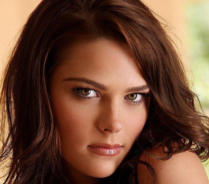 Stunning brunette Meggan Mallone - 00