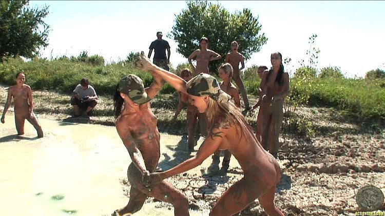 Mud wars. No mercy for anyone - 06