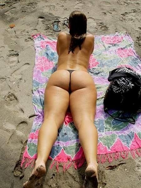 Natural women's asses - 08