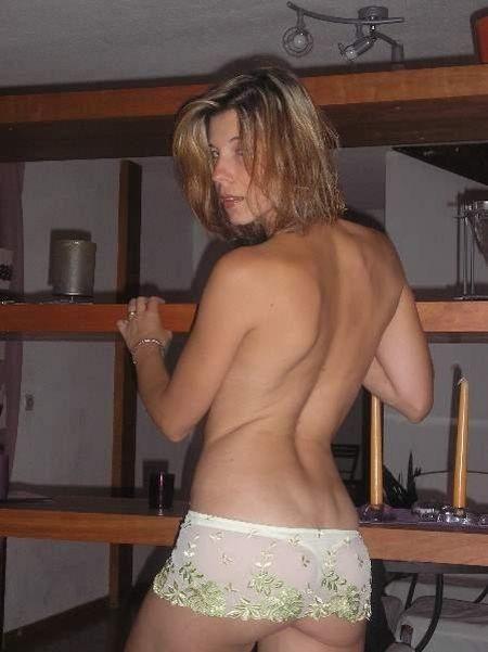 Natural women's asses - 18