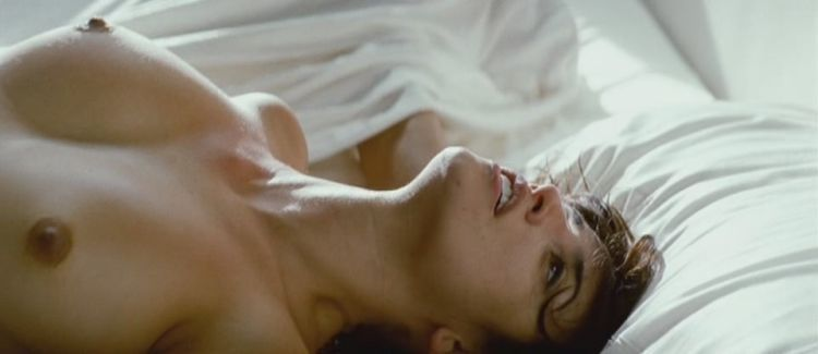 Penelope Cruz shot naked in the film Los Abrazos Rotos - 04