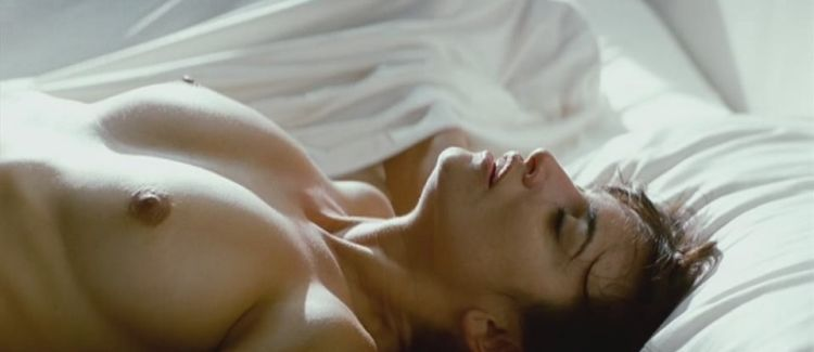 Penelope Cruz shot naked in the film Los Abrazos Rotos - 06